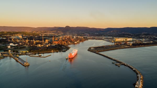 Learn more about Port Kembla